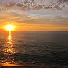 Sunset with golden Reflections - Puesta del Sol con Reflecciones doradas by PtoVallartaMex