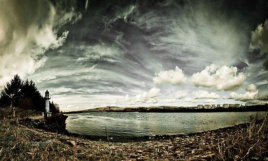 Clyde Walkway Panoramic by MariaBowskill