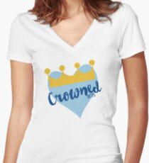 Crowned 2015 Women's Fitted V-Neck T-Shirt