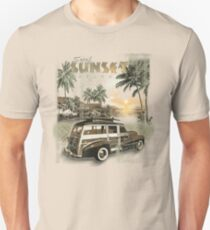 SURF SUNSET Unisex T-Shirt