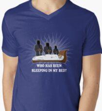 THE THREE BEARS Mens V-Neck T-Shirt