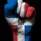 Flagge der Dominikanischen Republik auf einer angehobenen geballten Faust von jeff bartels