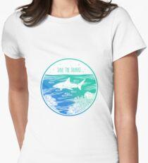 Rette die Haie! Tailliertes T-Shirt für Frauen