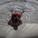 Relaxing in the smooth Surf - Relajando en el Oleaje suave by PtoVallartaMex