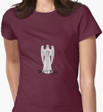 Don't Blink - DW Weeping Angels Women's Fitted T-Shirt