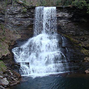 Cascade Falls by virginian
