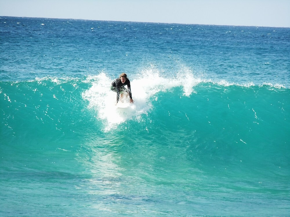 Pipeline Surfer by jlv-