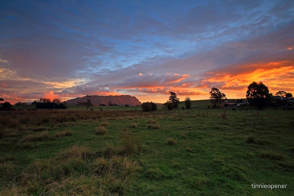 Mt Roland by tinnieopener