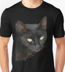 Photograph Of Jet Black Cat With Yellow Eyes T-Shirt