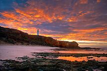 Sunrise over Split Point Lighthouse (1) by Christine Smith