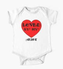 Loved By My Aunt One Piece - Short Sleeve