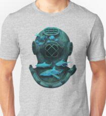 Deep diving Unisex T-Shirt