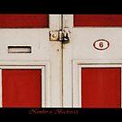 Red Door by chloemay