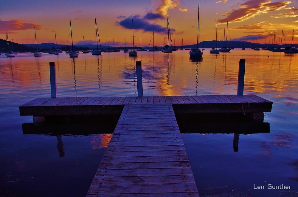 Brisbane water beauty by Len  Gunther