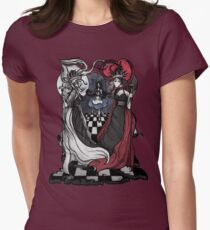 Alice and her Queens: The Checkered Board Women's Fitted T-Shirt
