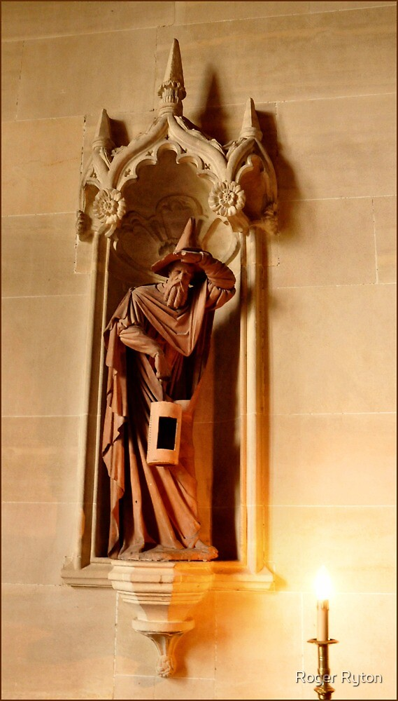 Lacock Abbey, Great Hall, Terra Cotta figure by Roger Ryton