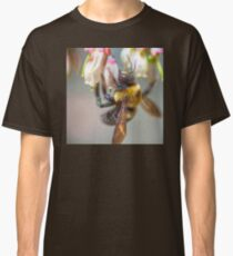 Mom and Baby matching Bee Back at 3:30 pm outfits Classic T-Shirt
