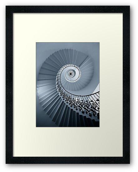 Tulip Staircase (Mono) by muzy