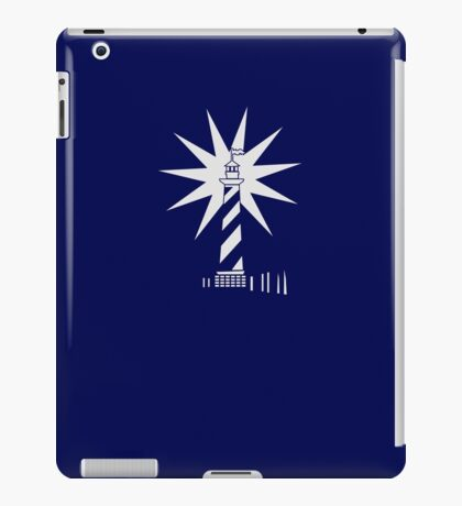 Lighthouse in the dark VRS2 iPad Case/Skin