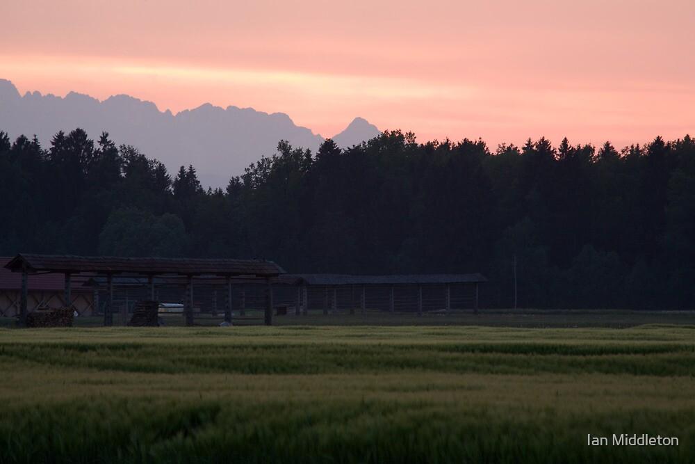Alpine sunset by Ian Middleton