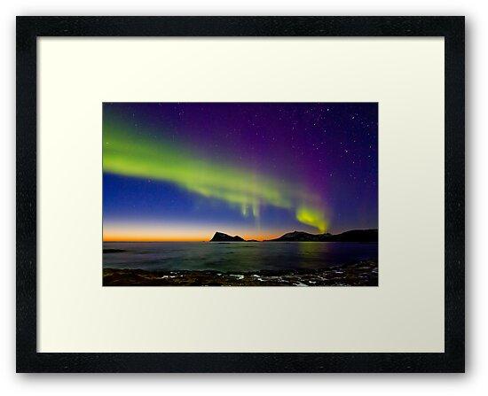 Sunset & Auroras by Frank Olsen