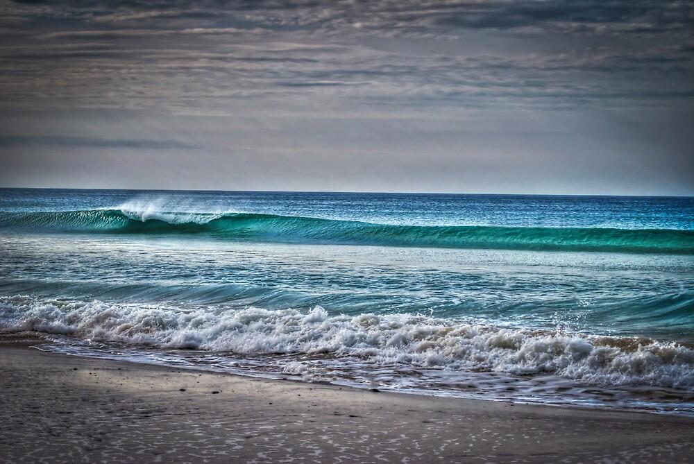 Apollo Bay Wave - HDR by Chris Sanchez