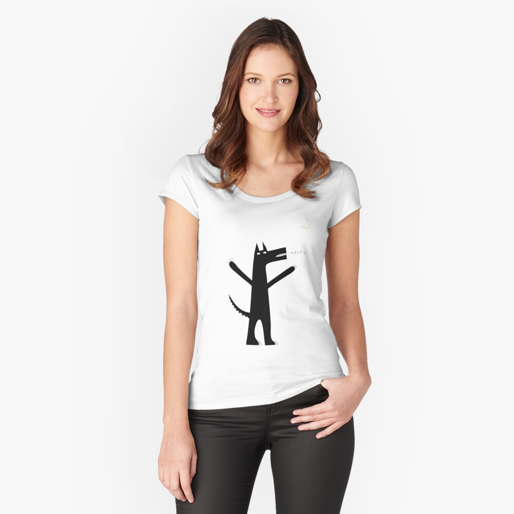 Arooo Women's Fitted Scoop T-Shirt Front