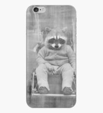 RACCOON iPhone-Hülle & Cover