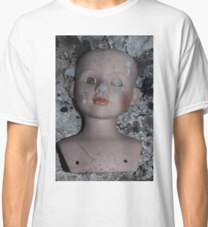 doll and ash Classic T-Shirt