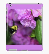 Flying Bumble Bee Collection Pollen iPad Case/Skin