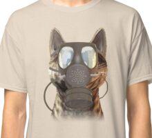 Schrödinger underestimates the cat Classic T-Shirt