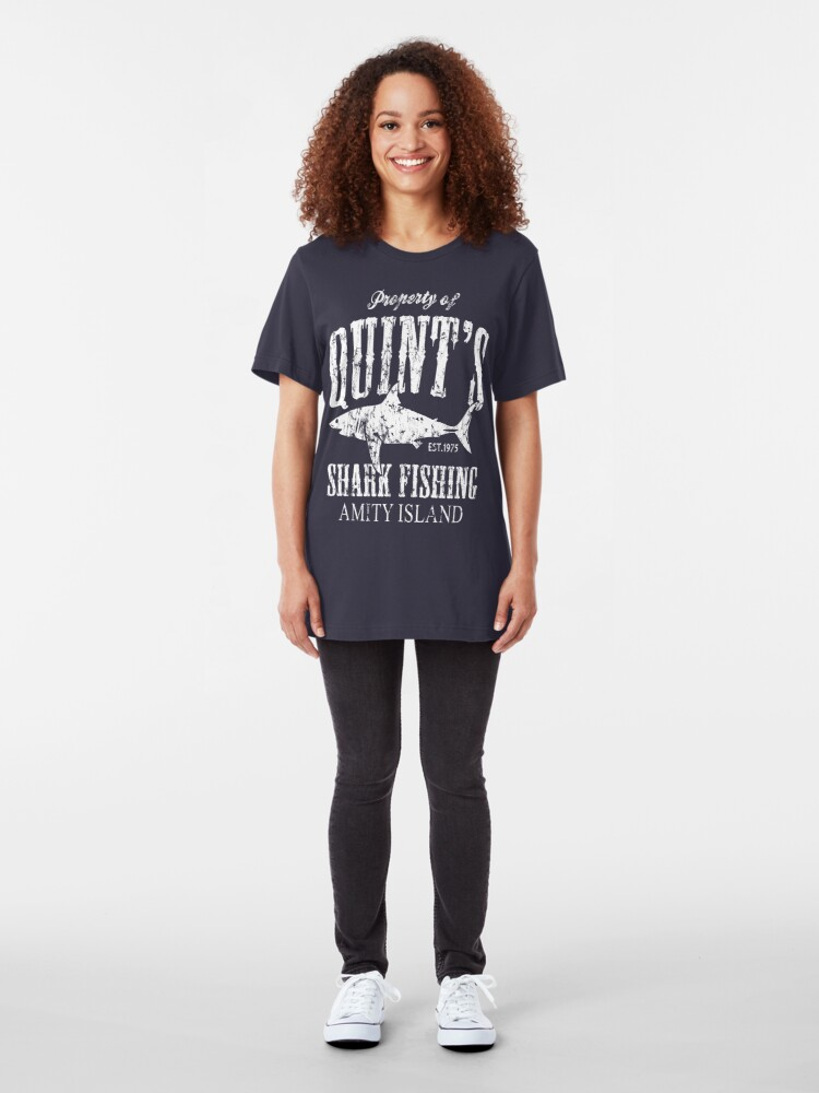 Alternative Ansicht von Quints Shark Angeln Amity Island Slim Fit T-Shirt
