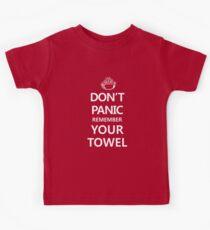 DON'T PANIC Kids Tee