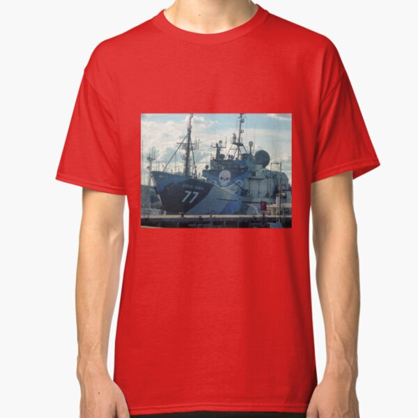 *Steve Irwin* - Anti Whaling Ship - Williamstown Vic. Classic T-Shirt Unisex Tshirt