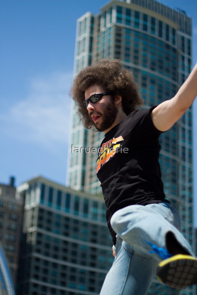 Fro Knows Jumping  by laruecherie