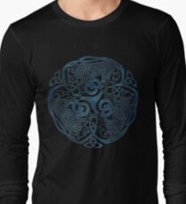 Wolf Celtic Knotwork Long Sleeve T-Shirt