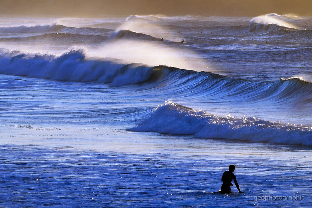 Morning Waves III by geophotographic