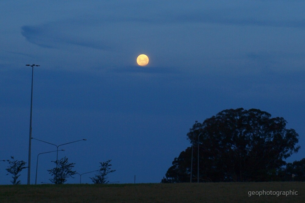 Easter Full Moon by geophotographic