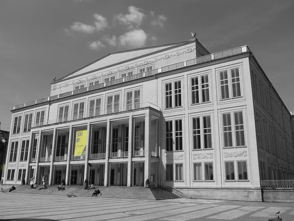 Die Oper, Leipzig, Germany by thewinternet