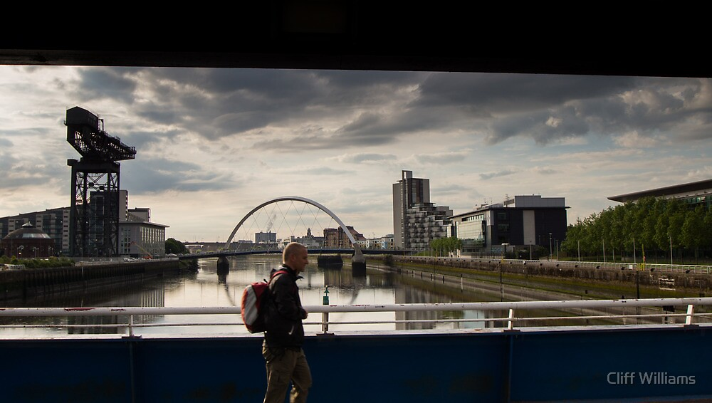 Crossing the Clyde, Glasgow  by Cliff Williams
