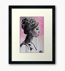 belle en rose Framed Print