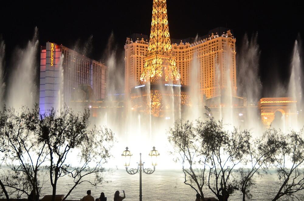 Paris in Vegas by sammayangelo