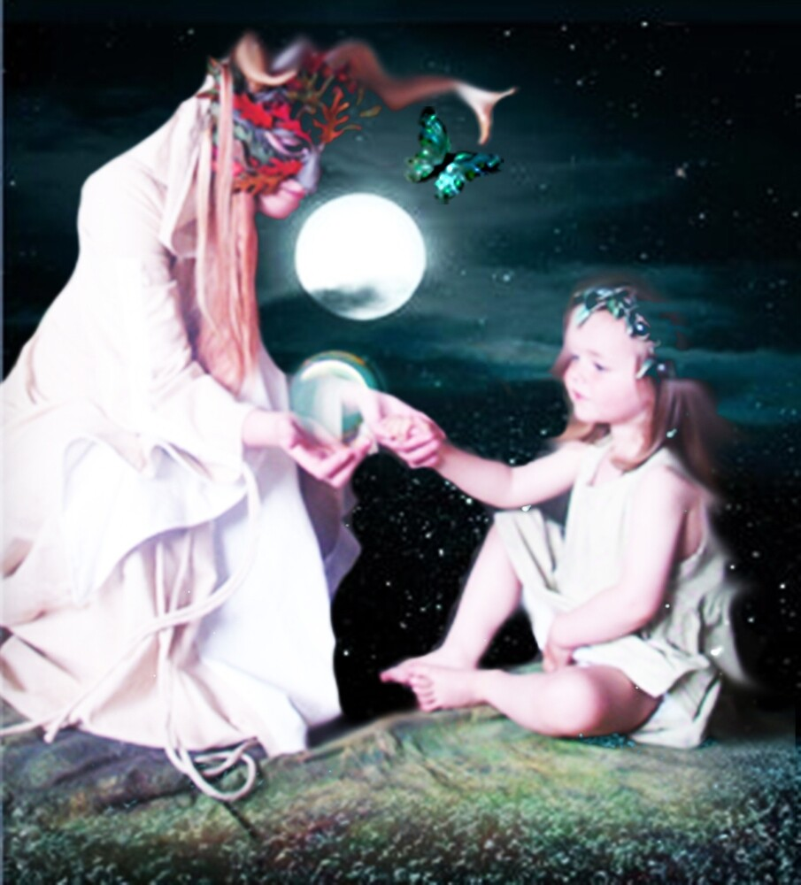 MOONLIGHT GIFTING by Tammera