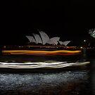 Water Taxi by Alfredo Estrella