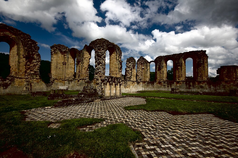 BYLAND ABBEY  by leonie7