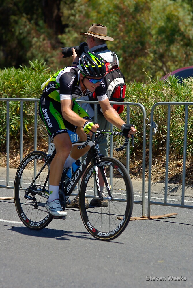 Leigh Howard climbing Montefiore Hill, Stage 6, City Circuit, Tour Down Under 2012 by Steven Weeks