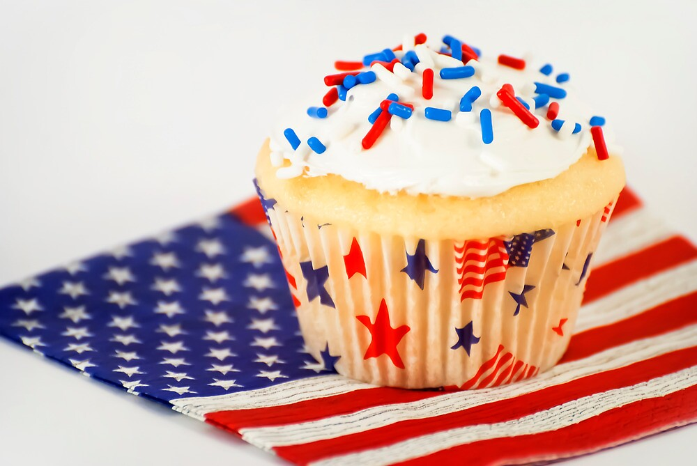 Patriotic Cupcake by Lynnette Peizer