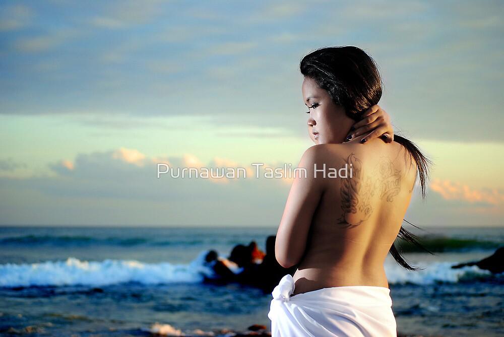 Can you see my back ? by Purnawan Taslim Hadi