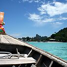 Long tail taxi boat to Tonsai by Victoria Kidgell