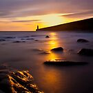 Deep Dawn at Tynemouth lighthouse by Sheerlight